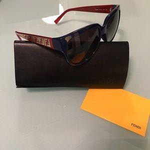 Brand New! FENDI Sunglasses FS5292 100% AUTHENTIC